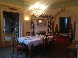 Kip's Castle dining room