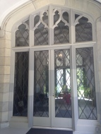 A window from the exterior of Lyndhurst.