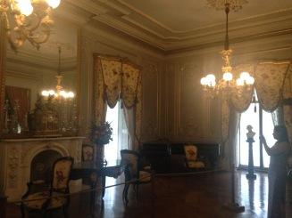 Chateau-sur-Mer ballroom 2