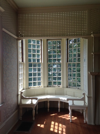 Isaac Bell House bay window