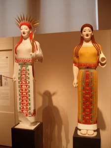 Bunte Gotter Kore classical Greek sculpture