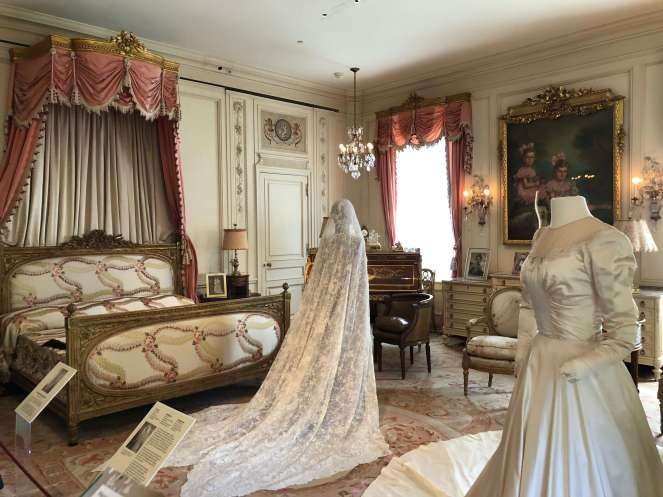 Hillwood bedroom wedding gowns