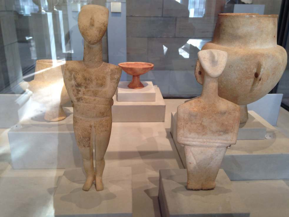 Cycladic figurines Yale