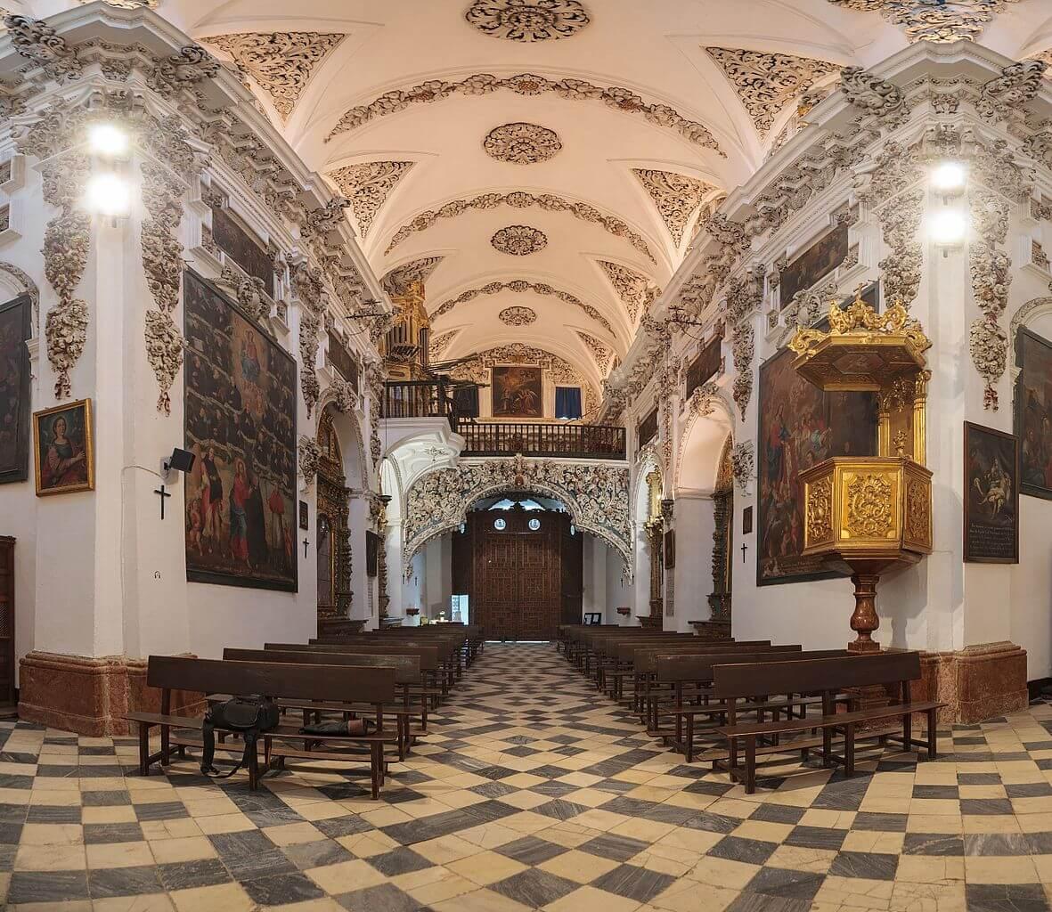 San Juan de Dios nave by Pedro J Pacheco